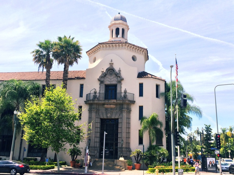 Automobile Club of Southern California Headquarters, designed by architectural firm Hunt and Burns in the Spanish Colonial Revival Style. Photo: Linda Daley