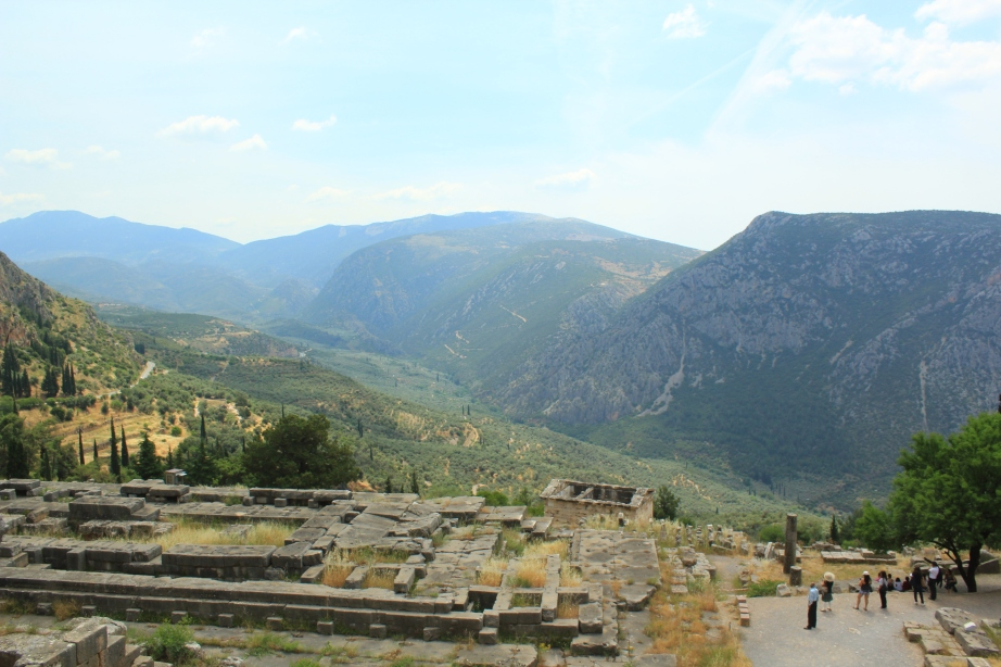 5. The Temple of Apollo and Views of the Valley_Julie An