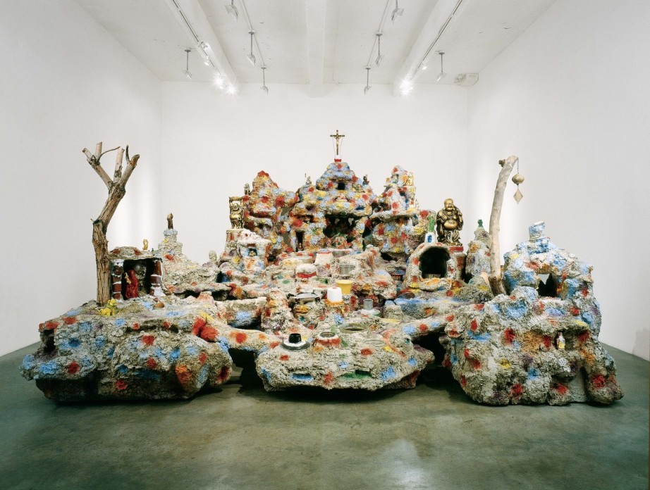 Photo: Artist Mike Kelley's MOCA Exhibit Replica of the Chinatown Wishing Well