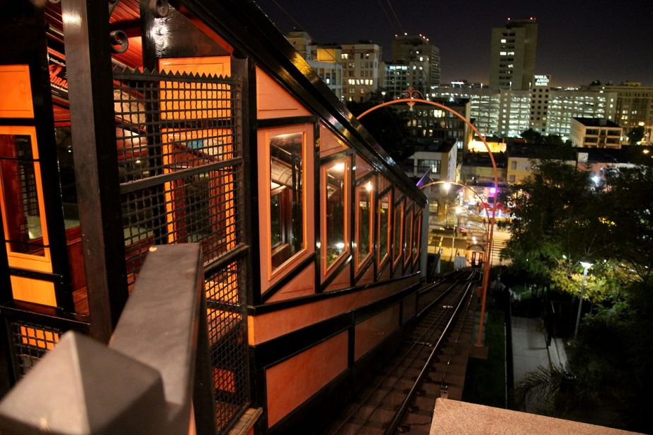 Creative Commons Photo: Angels Flight, December 2011 by Sgerbic