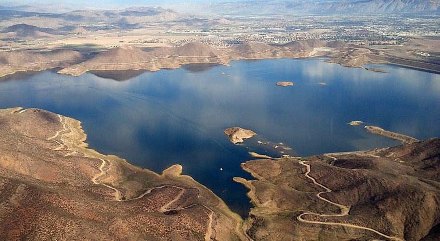 diamond valley lake reservoir