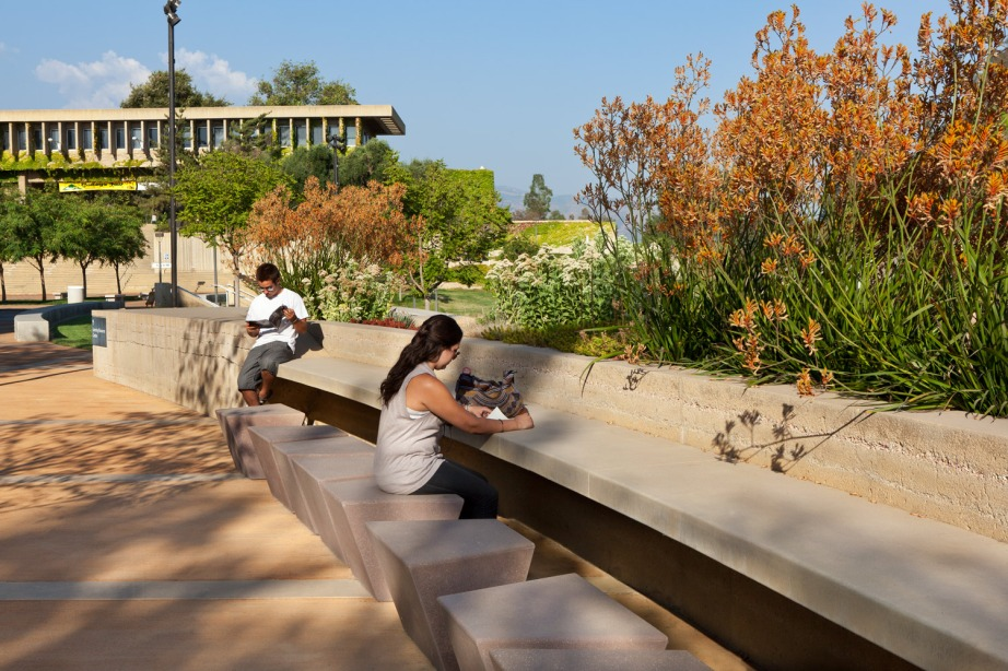 Crafton Hills Community College. Photo: AHBE Landscape Architects